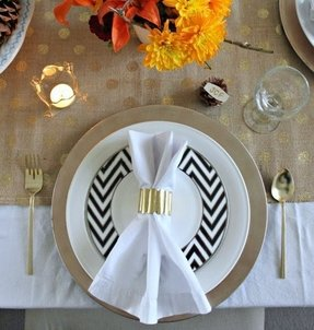 Black And White Charger Plates - Foter
