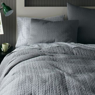 Organic braided matelasse duvet cover shams