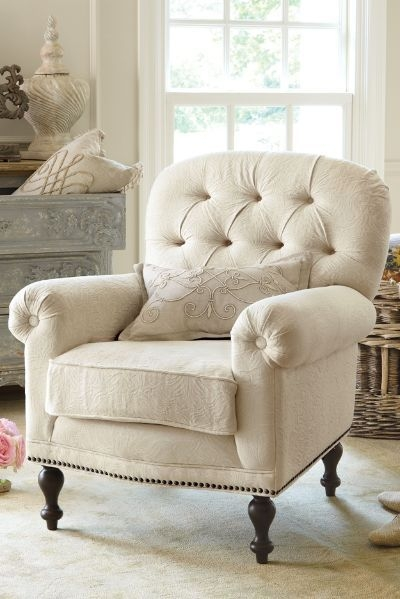 Charmant White Bedroom Chair