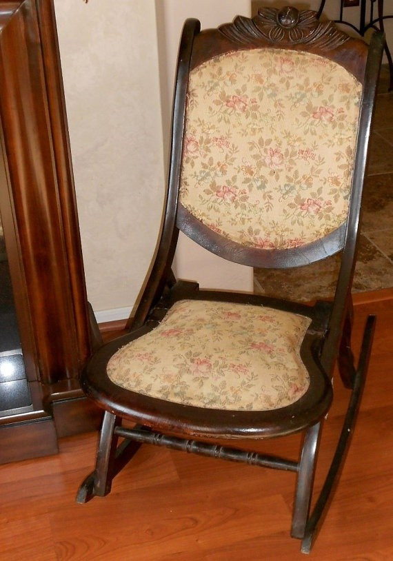 Antique rocking chair ca early 1900s