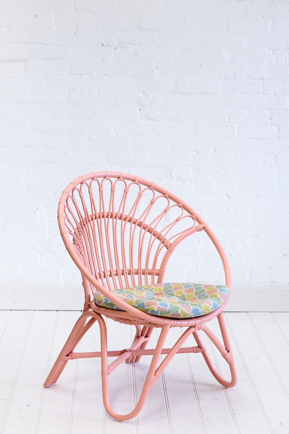 Bon Round Wooden Chair With Cushion