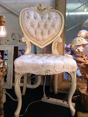 Peachy Vanity Chairs Ideas On Foter Creativecarmelina Interior Chair Design Creativecarmelinacom