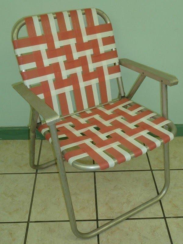 Beau Vintage Aluminum Folding Webbed Lawn Chair
