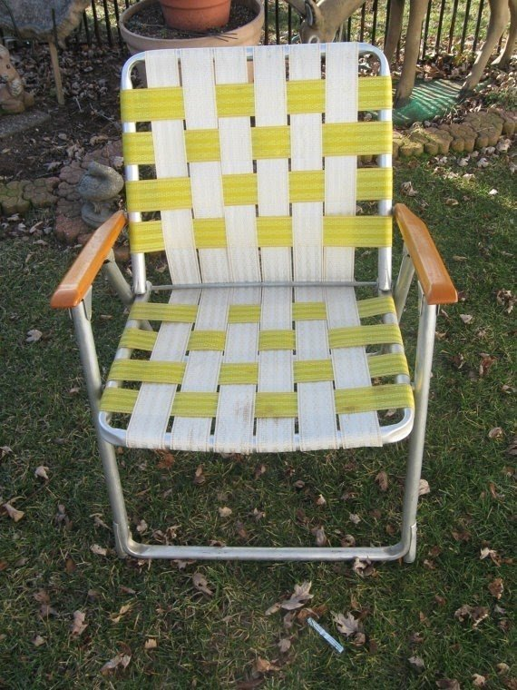 Vintage Lawn Chair Webbed 1