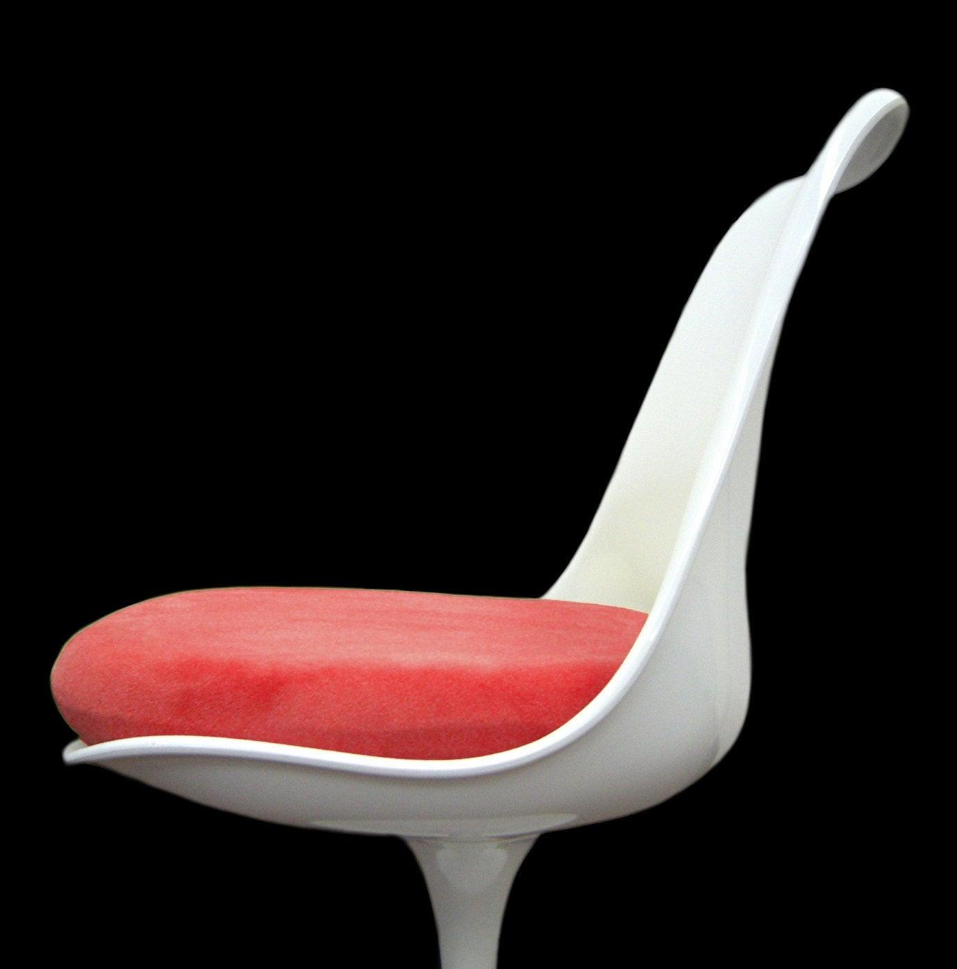 Beau Red Tulip Chair Cushion Cover