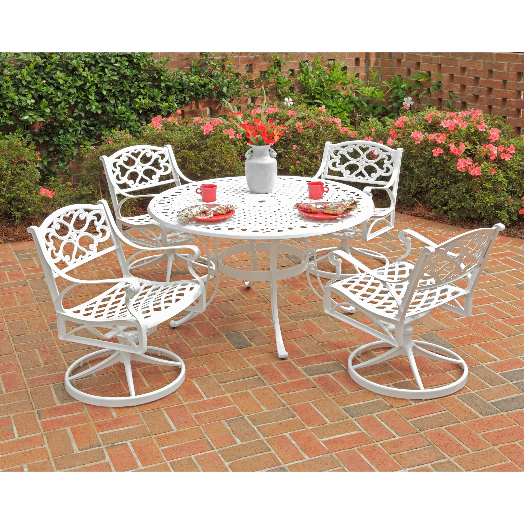 Cast Aluminum and Water Shedding Design UV-Resistant Coating Home Styles Biscayne White Oval Outdoor Dining Table with Hand-Applied White Antique Finish Adjustable Nylon Glides