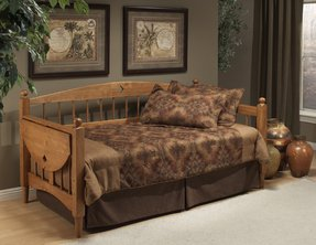 Hillsdale Furniture 1393DBLH Dalton Day Bed, Medium Oak