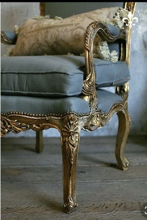 Antique louis chair