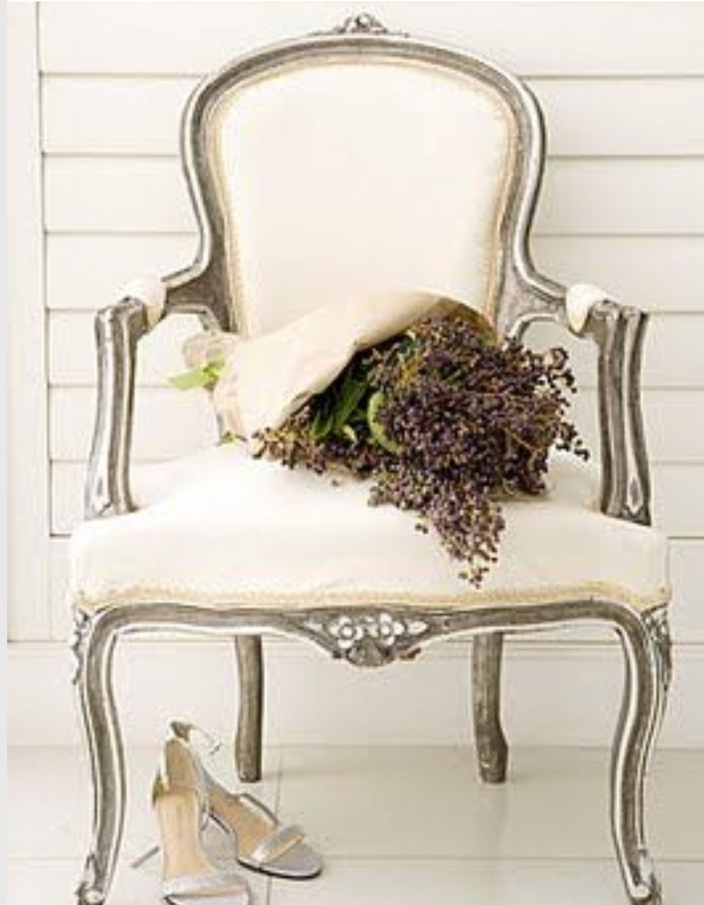 Antique Queen Anne Chairs 1 Armchair C81