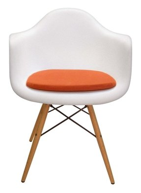 Eames plastic arm chairs 29