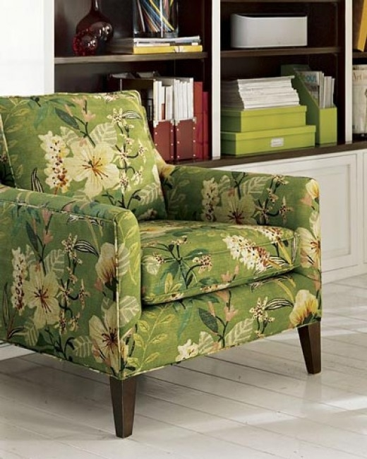 Charmant Floral Upholstered Accent Chair 3