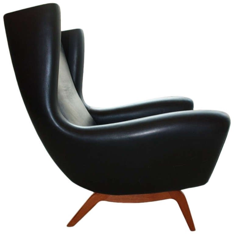 Lounge chair illum wikkelso
