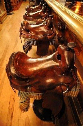 how to make a saddle style bar stool