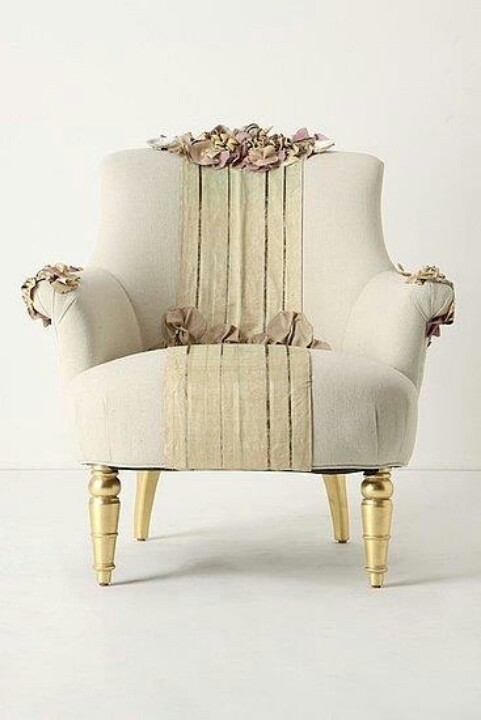 Superieur Vintage Upholstered Chairs 7