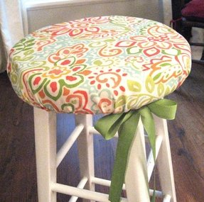 how to make a round stool cushion