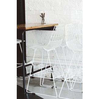 Wire bar stools 1