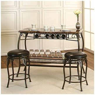 Treat yourself to this elegant bar set perfect for serving