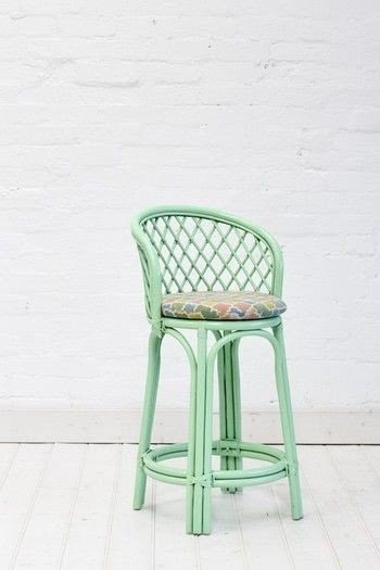 Charmant Wicker Counter Height Chairs
