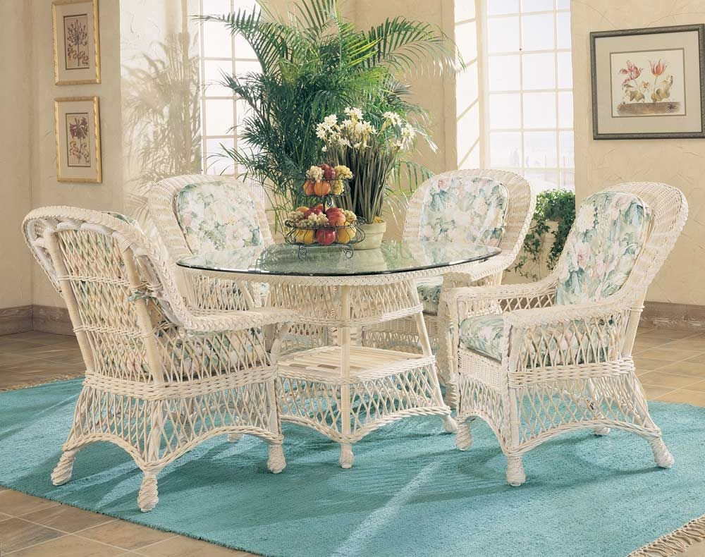 Bon Bar Harbor All Natural White Indoor Wicker And Rattan Dining Set With 4  Chairs, Table