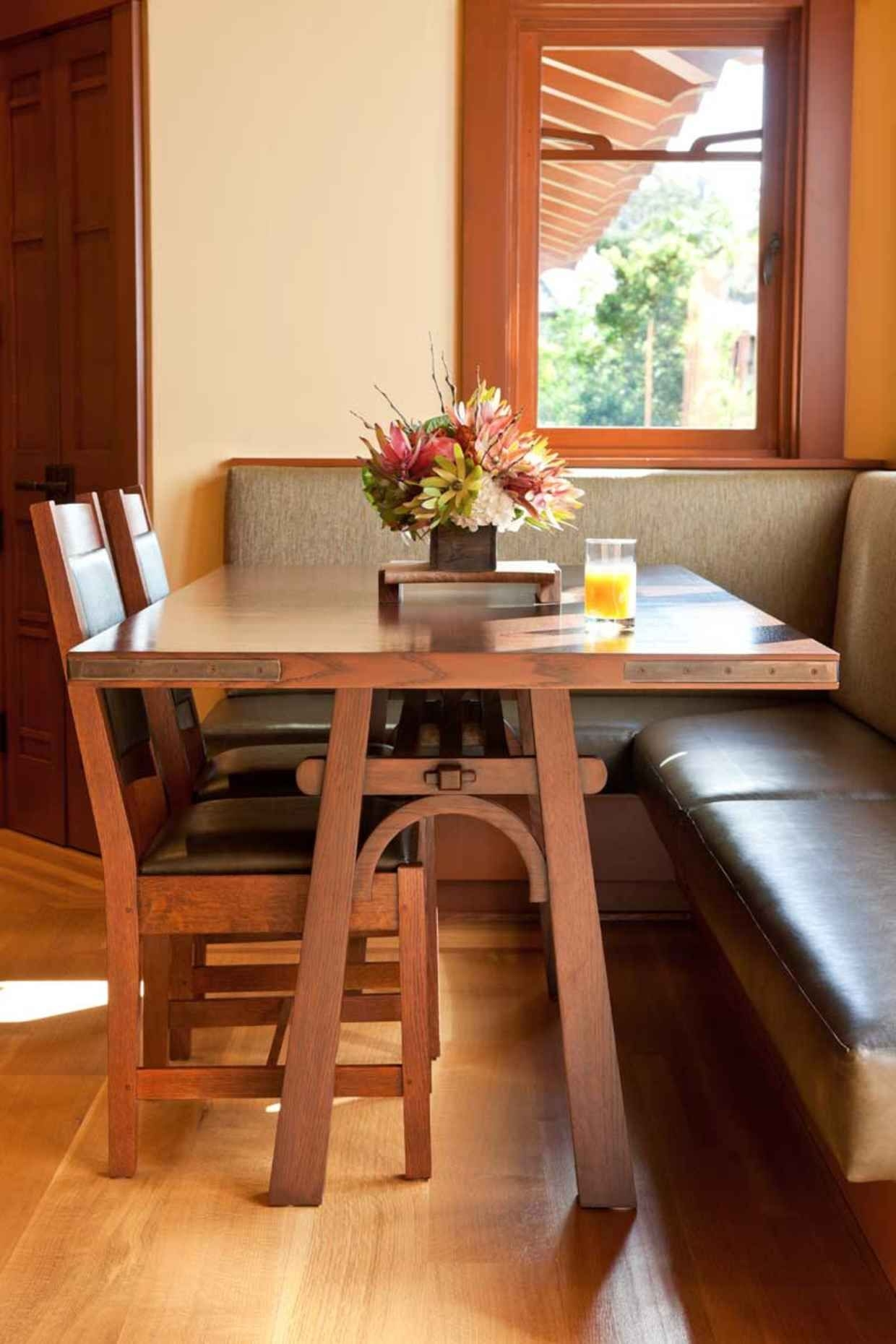 Bon Craftsman Style Dining Table 1