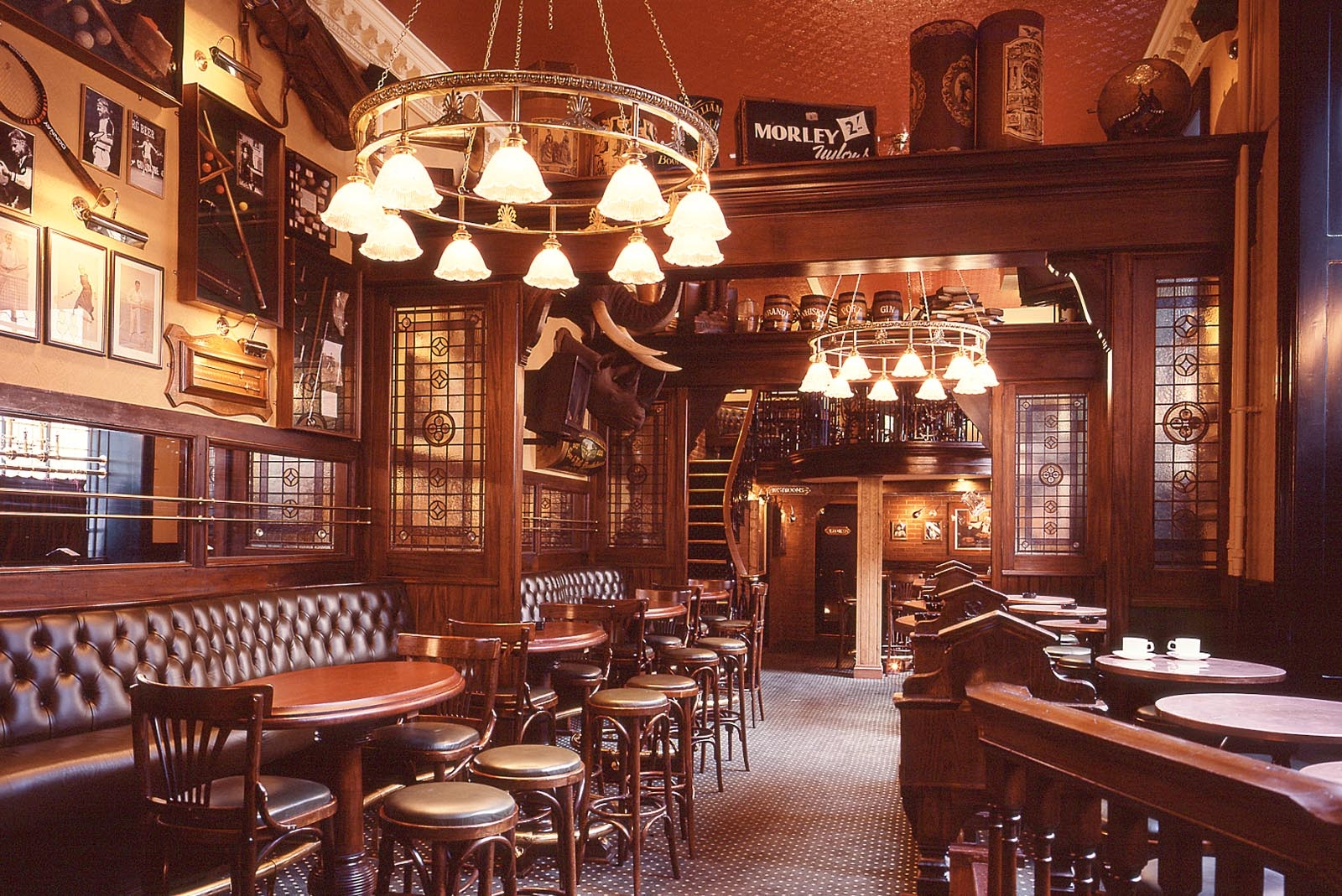 Delightful English Pub Bars 2