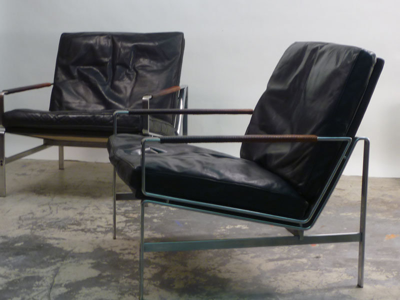 Incroyable Black Leather Lounge Chair