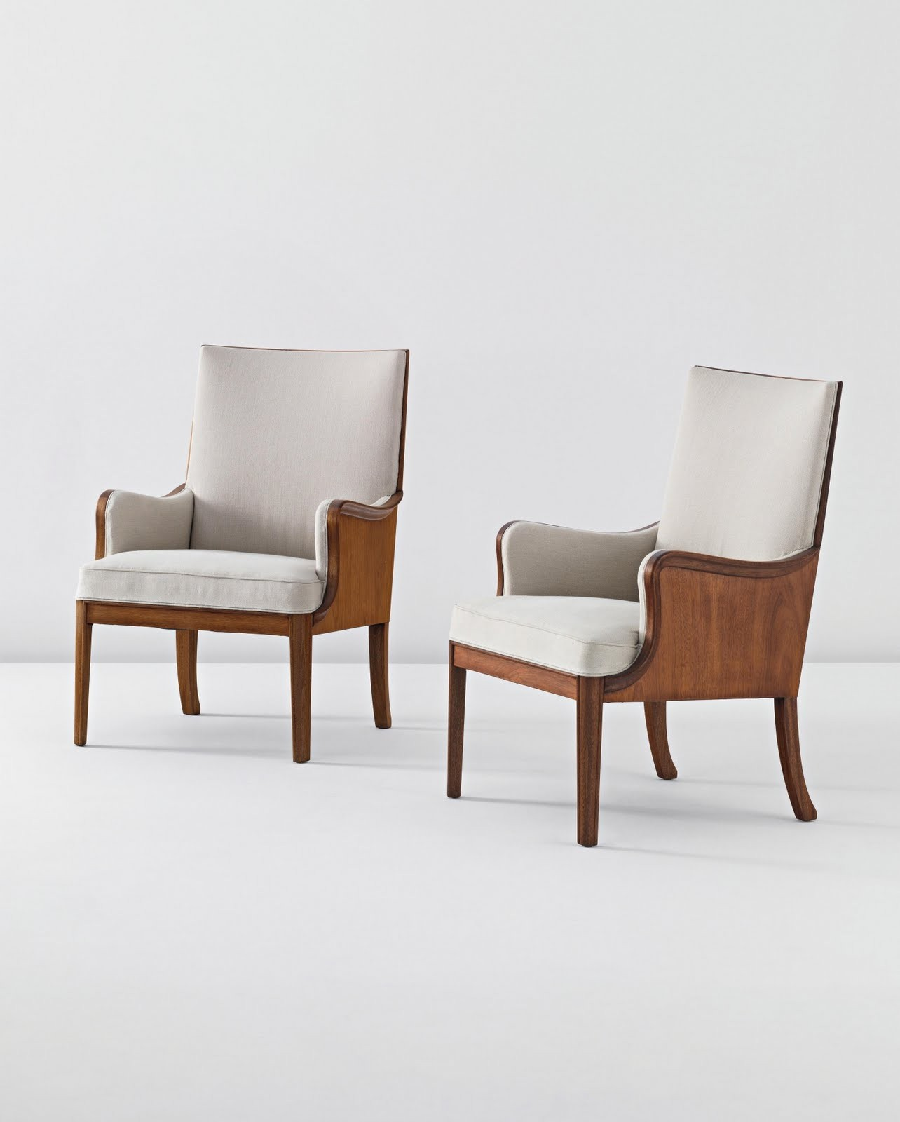Merveilleux Chairs With High Seats
