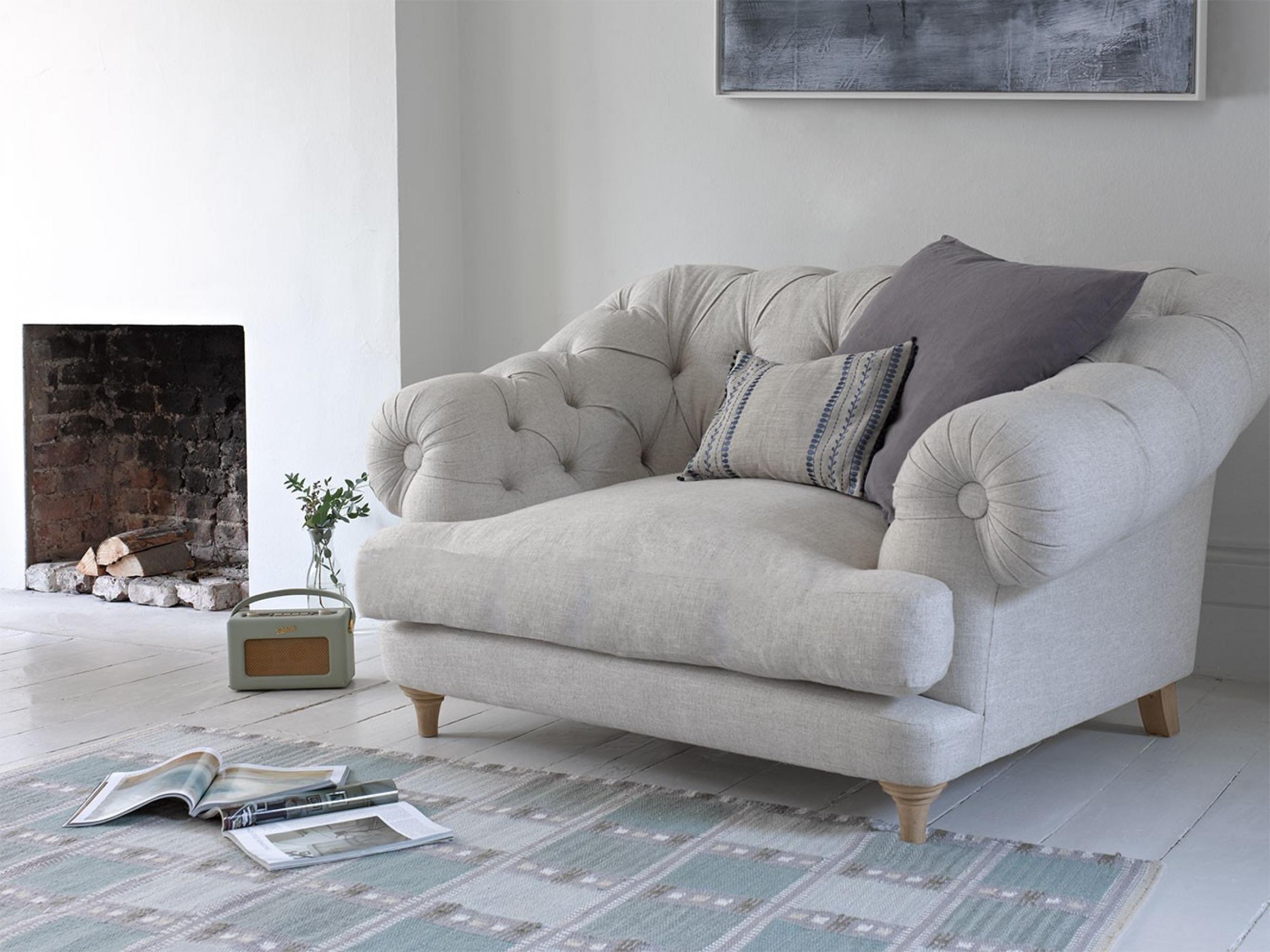 Ordinaire Oversized Armchairs 2