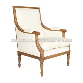 Upright armchair 1