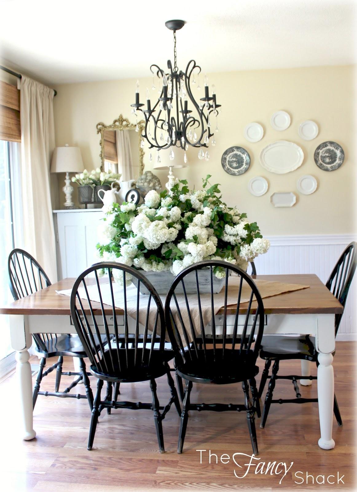 Attractive Windsor Dining Room Set