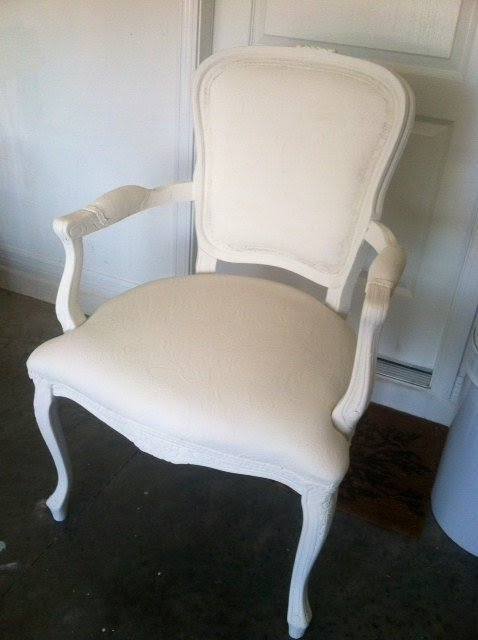 Antiquevintage Queen Anne Chair In White 1