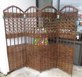 Master Garden Products 4-Panel Willow Screen Divider, 72 by 60-Inch