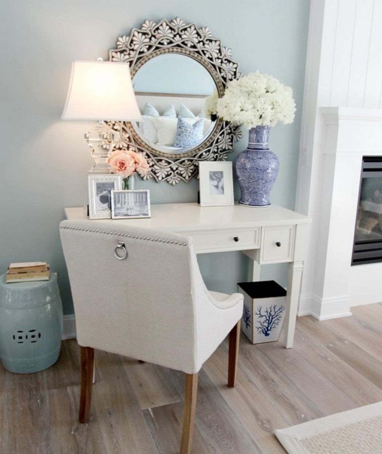 Beau Vanity Table Without Mirror