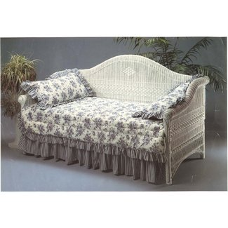 Victorian Wicker Daybed