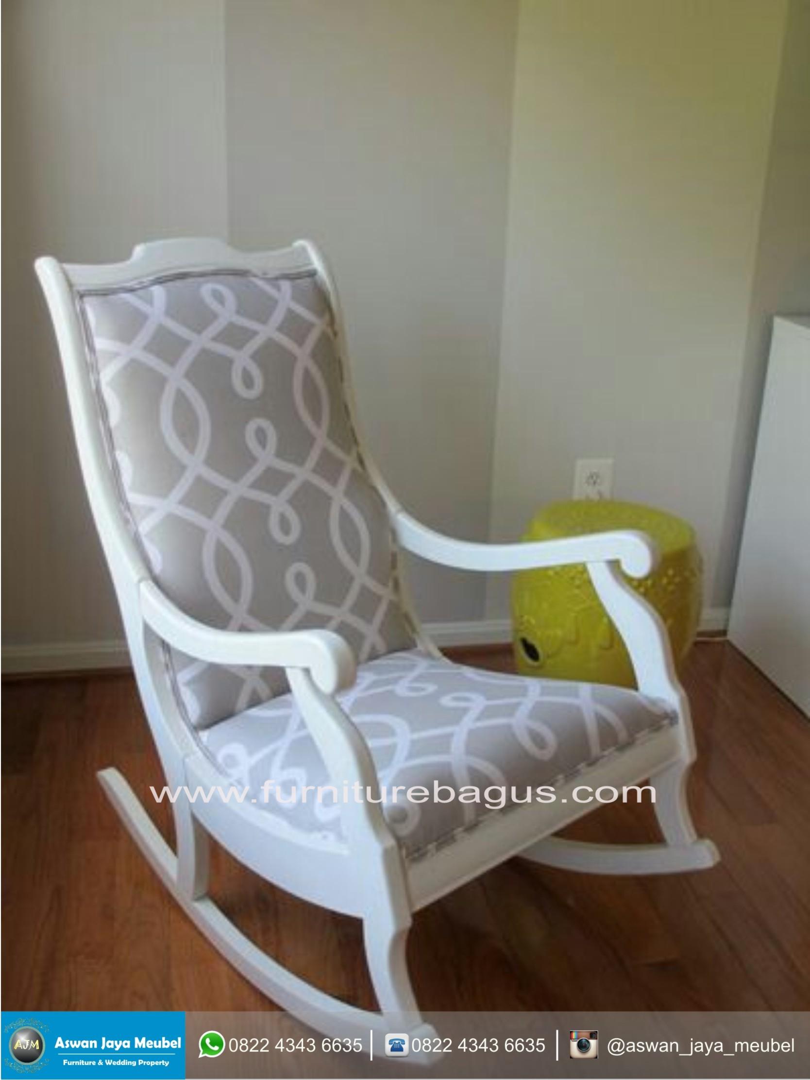 Etonnant Wooden Indoor Rocking Chairs