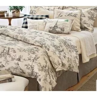 French Country Bedspread - Easy Craft Ideas