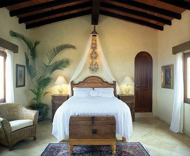 Lovely Tropical Bedroom Set