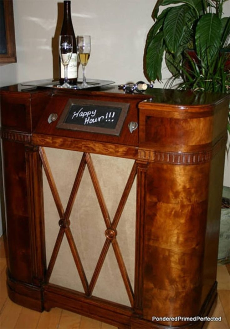 This Upcycles Vintage Radio Mades A Great Home Bar