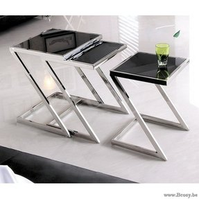 Armen Living Armen Living Halo Nesting Tables - Stainless Steel with Glass Top - Set of 3