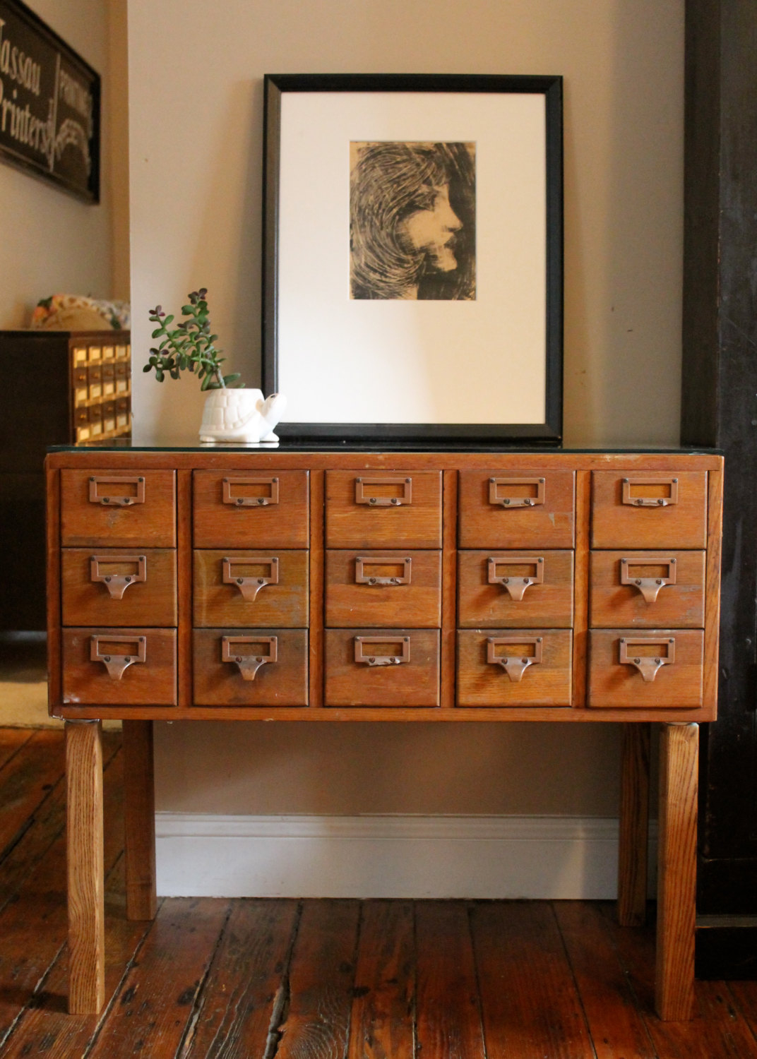Charmant Card Cabinet