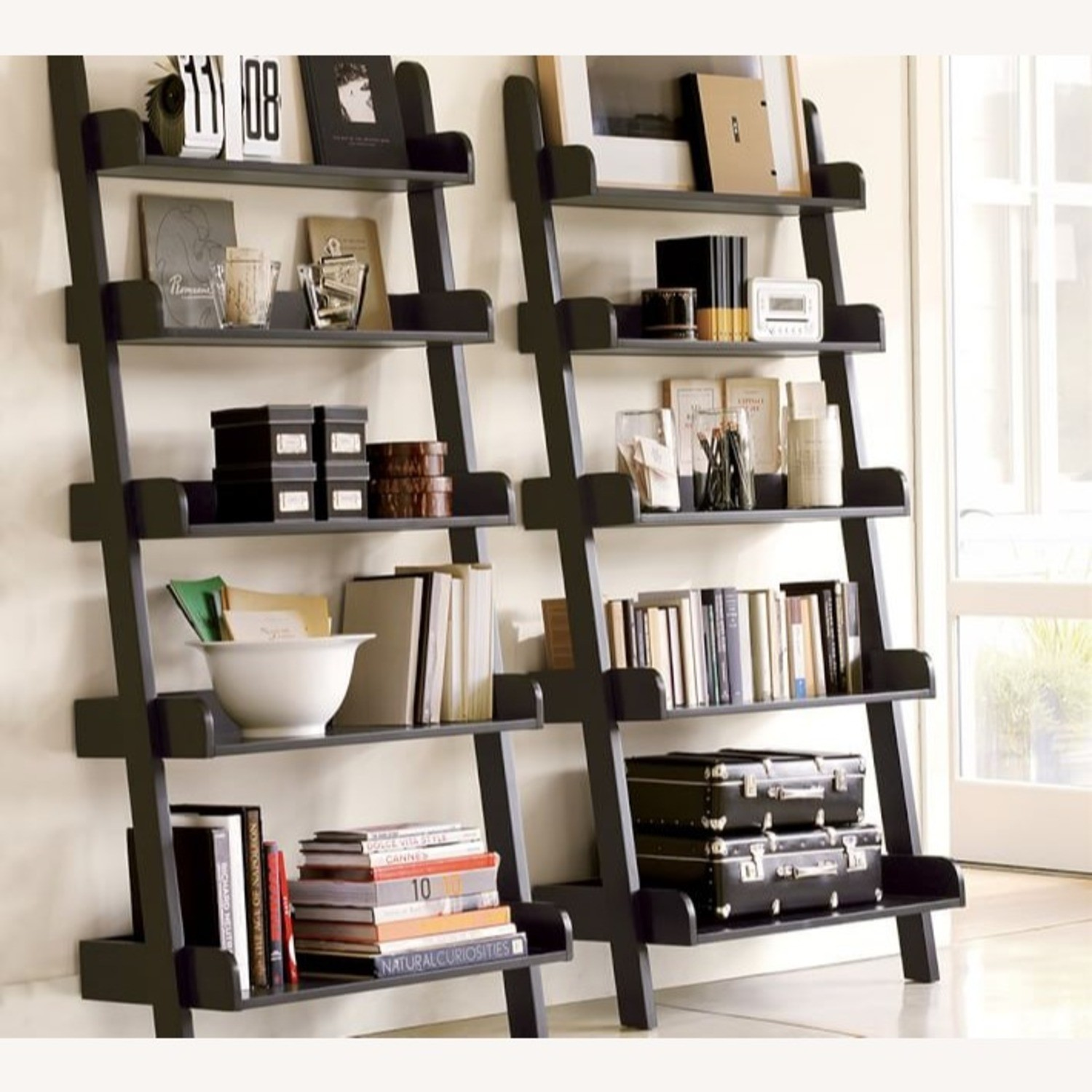 Superbe Living Room Shelf Unit