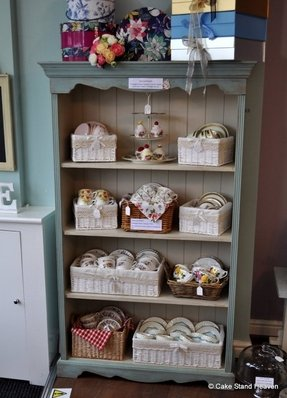 Shabby Chic Bookcases 6