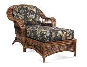 Rattan chaise lounge 3