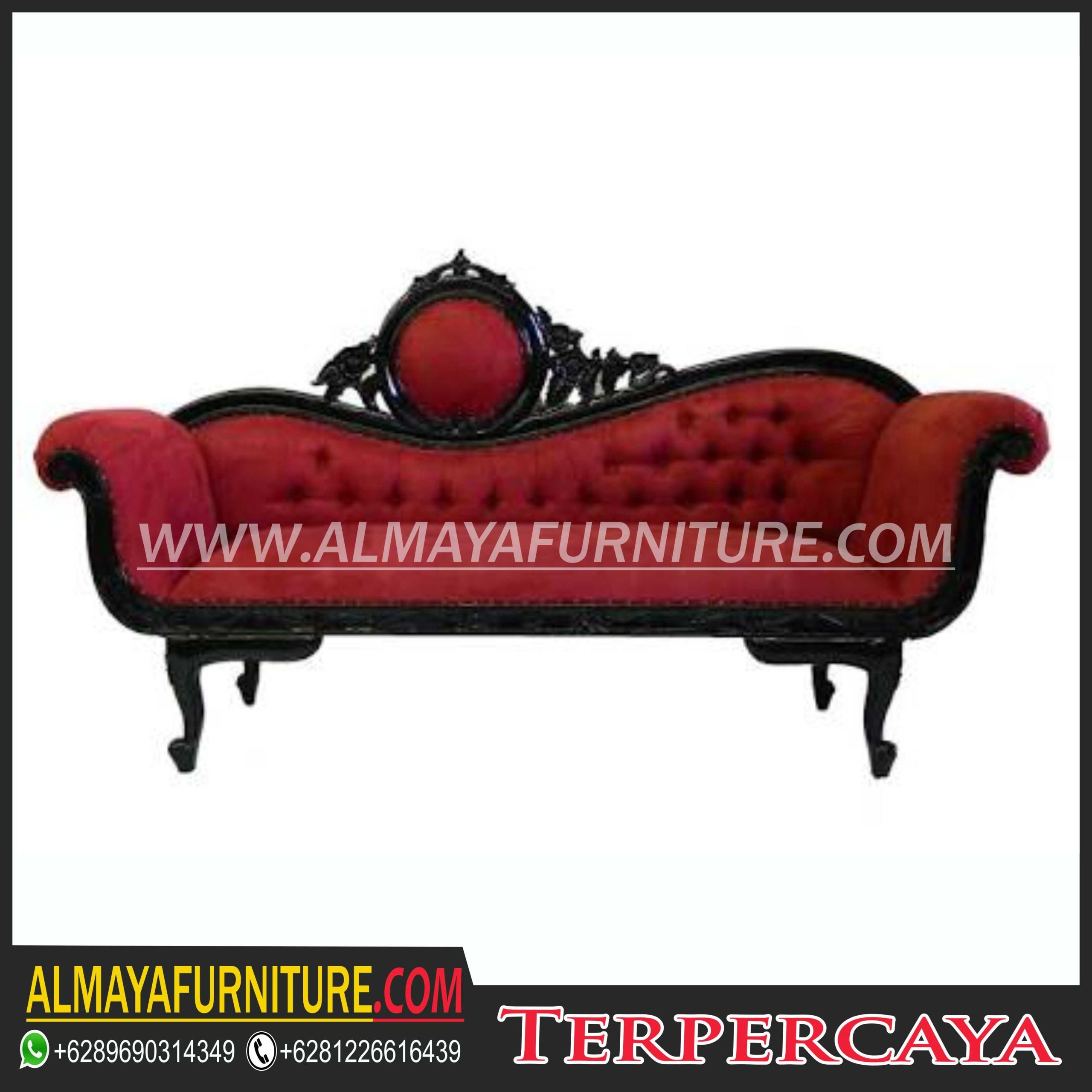 Beau Victorian Lounge Chair