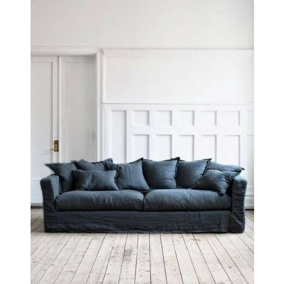 Incroyable Blue Jean Couch