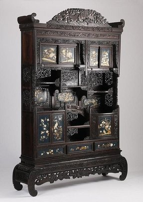 Chinese Curio Cabinets 12