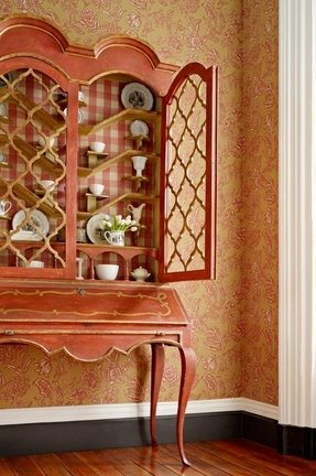 French curio cabinets 3