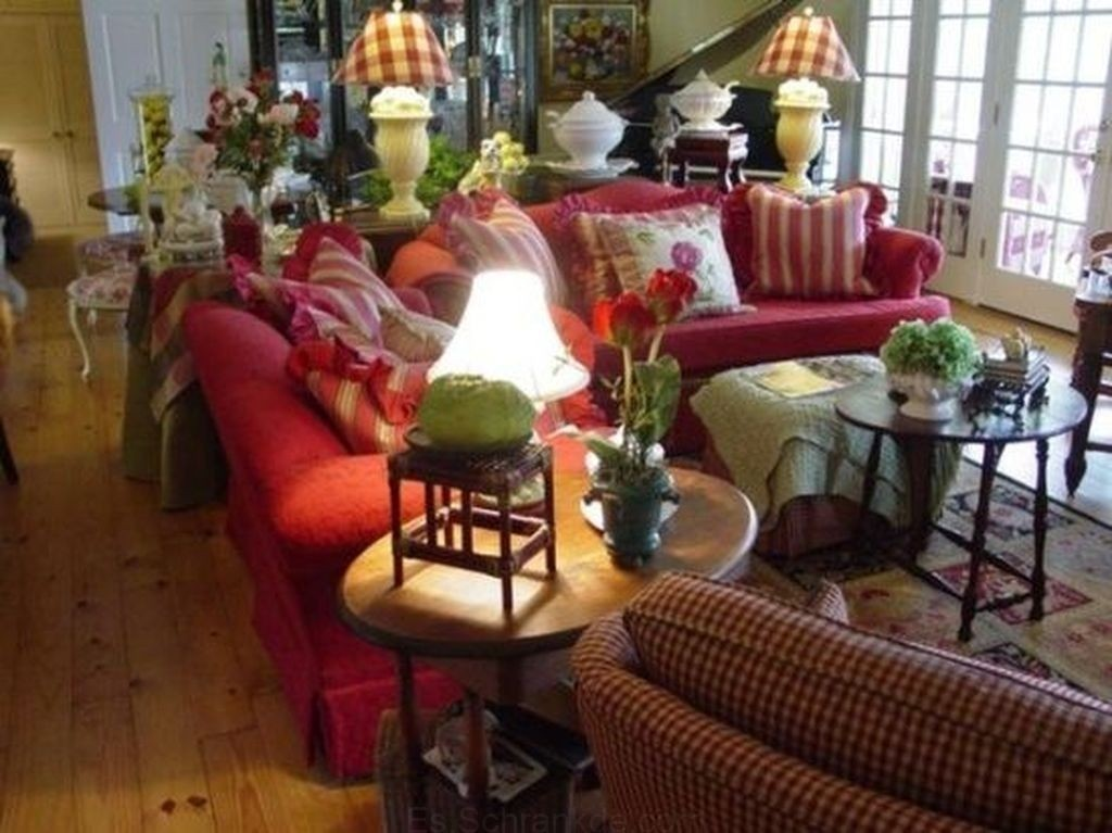 Hydrangea Hill Cottage. ❤ . This Charmingly Arranged Living Room In The ...