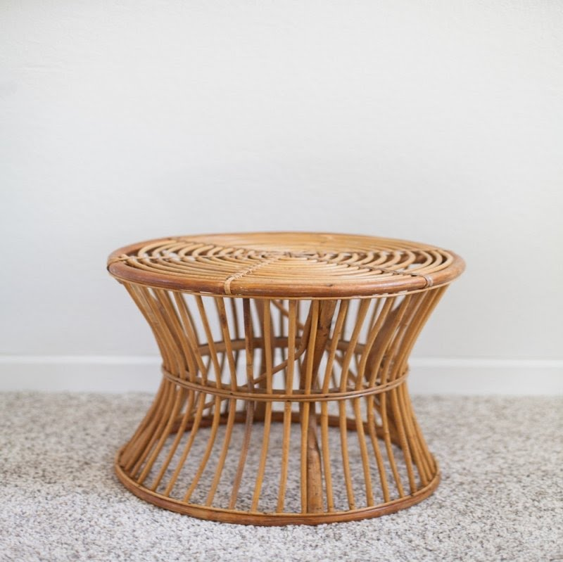 Superbe Round Rattan Side Table