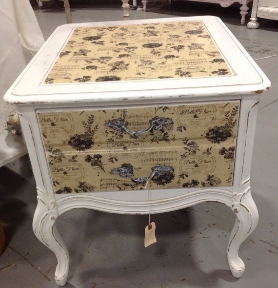 Shabby french country end table painted